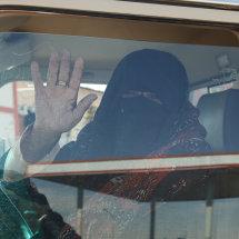 DSC 0353 Bedu Woman Driving KSA