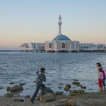JED 2566 Children on Corniche