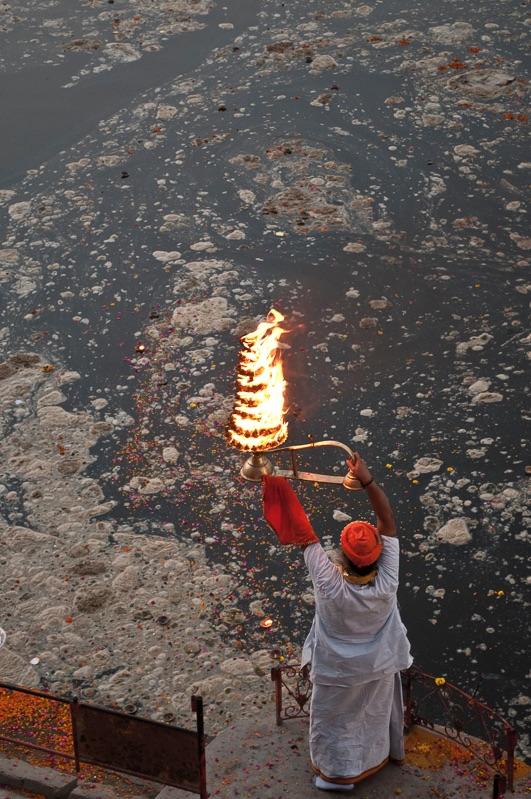 Aarti ritual, Vrindavan, India
