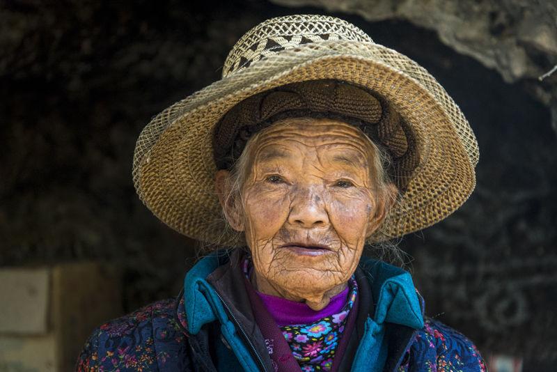 Woman at White Dragon Pool shrine
