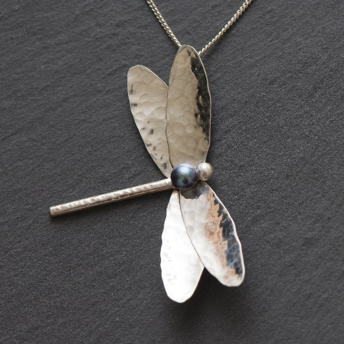 Dragonfly Pendant with Black Pearl £45