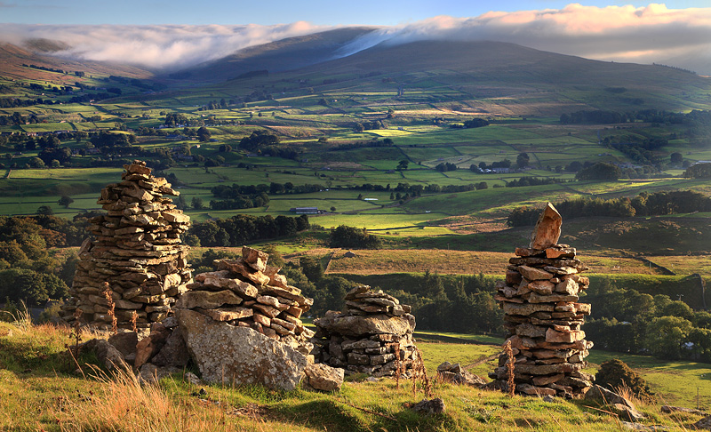 Hawes Cairns