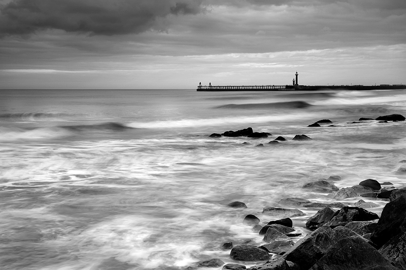 Whitby Waves Mono