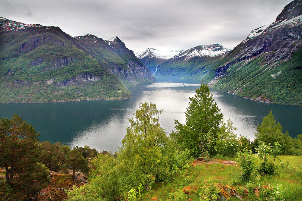 nw 590 Geiranger Fjord Norway 1