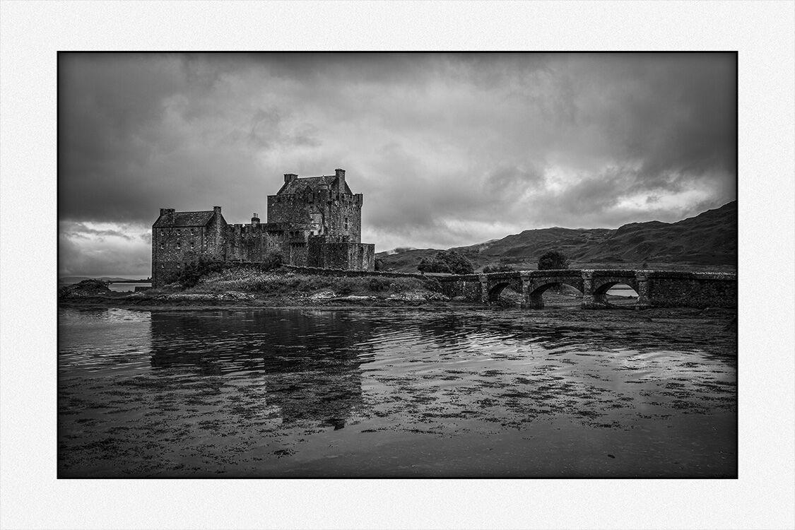 240057 Eilean Donan Castle