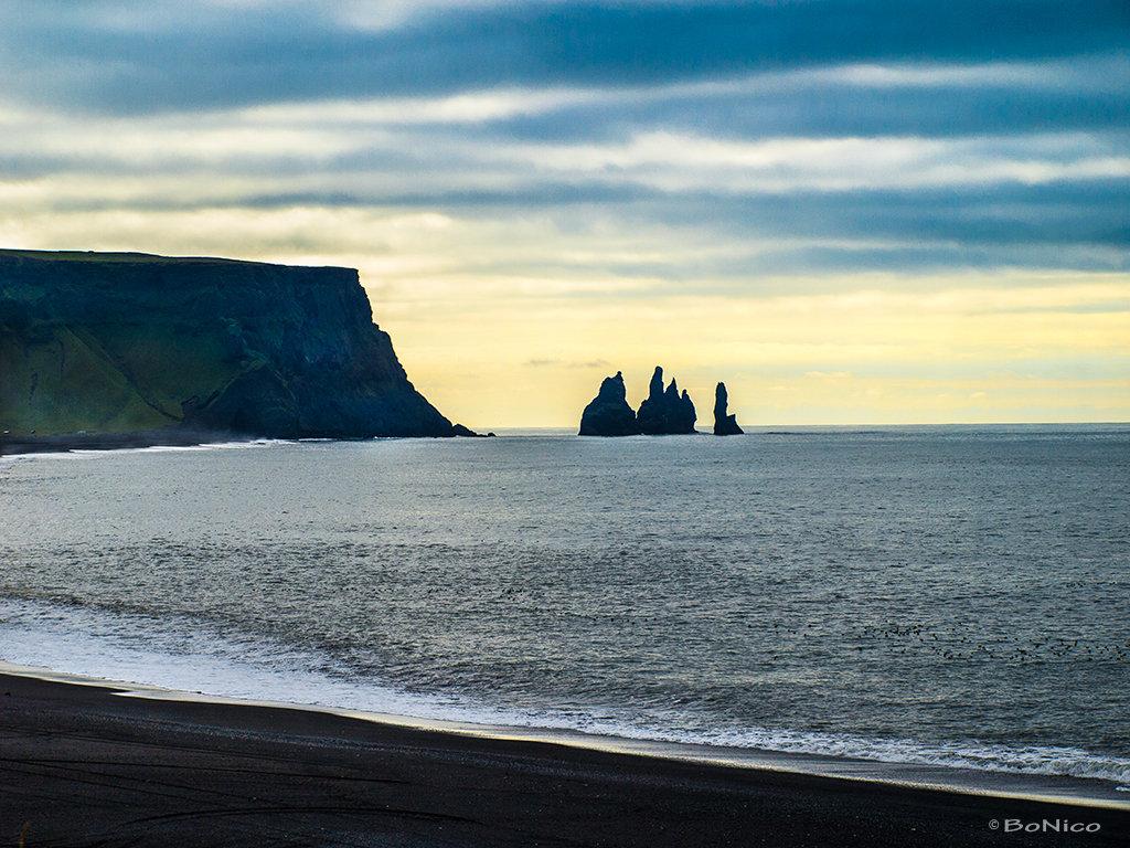 Iceland 15 - Dyrhólaey Reynisdrangar