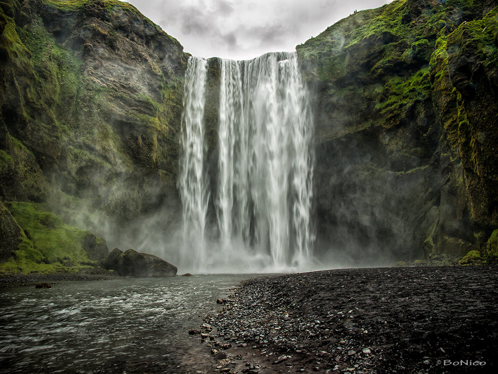 Iceland 5 - Skógafoss