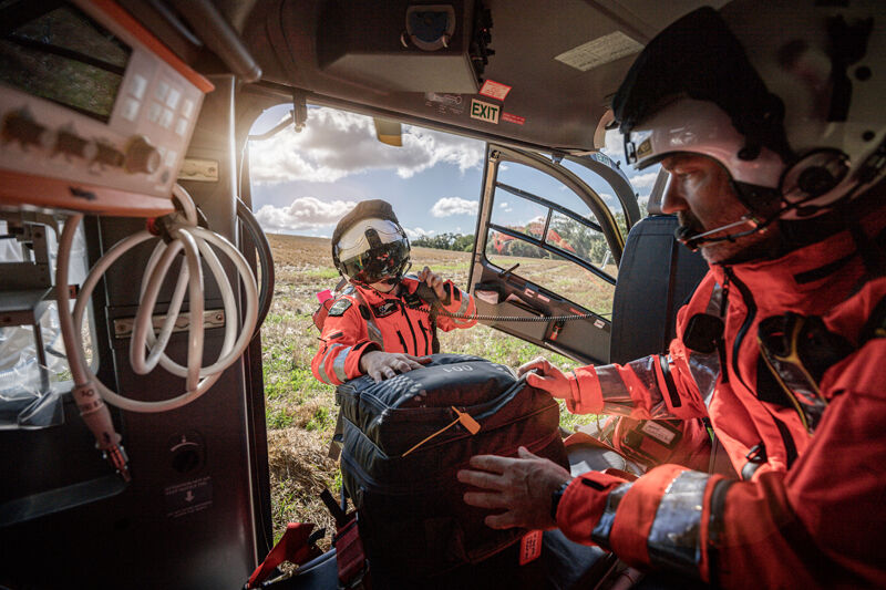 air ambulance, HEMs, helicopter, medical, rescue, aviation, pilot, doctor, emergency, photographer, tim wallace