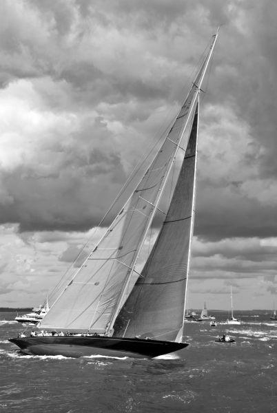 J Class Yacht - Rainbow
