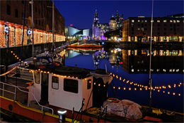 Albert Dock lights