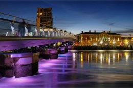 Belfast Custom House & footbridge by Brian Mason