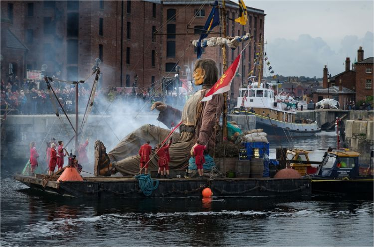 Giant on his raft in Canning dock