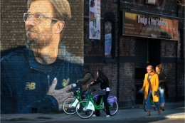 Klopp on the Wall