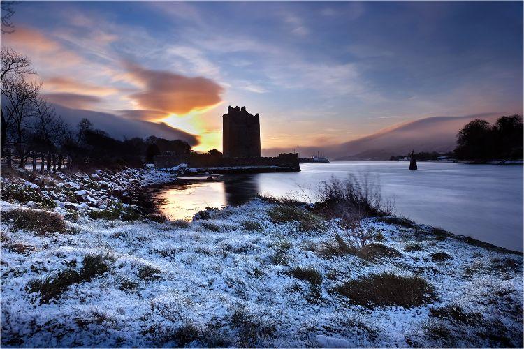 Narrow Water Castle winter morning