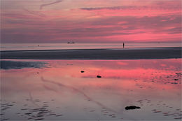 Red sky at Crosby