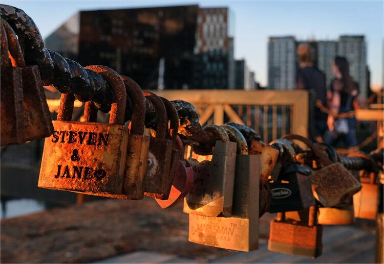 Steven & Jane love locked