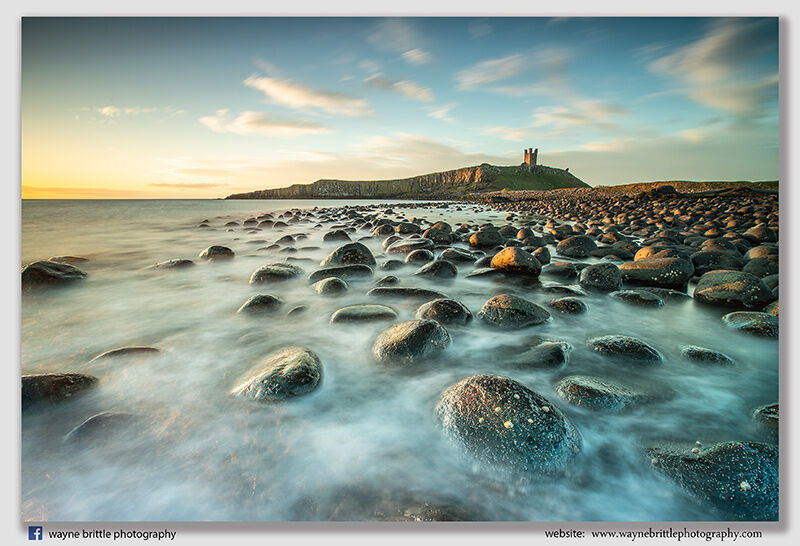Dunstanburgh-Castle-in-the-early-morning-sunlght--3--W5D41061