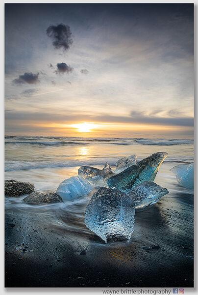 Ice Beach Sunrise  -  15- W5D42336