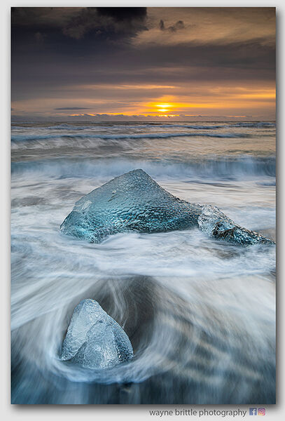 Ice Beach Sunrise 12  -  W5D42320