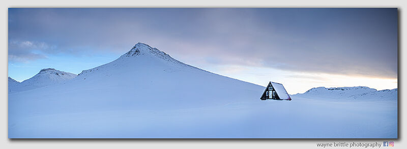 Mountain Refuge Hut - Panorama