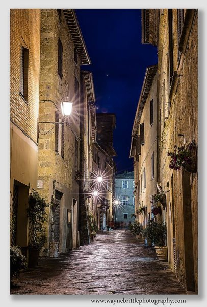 Pienza lights at night - W5DSR1139