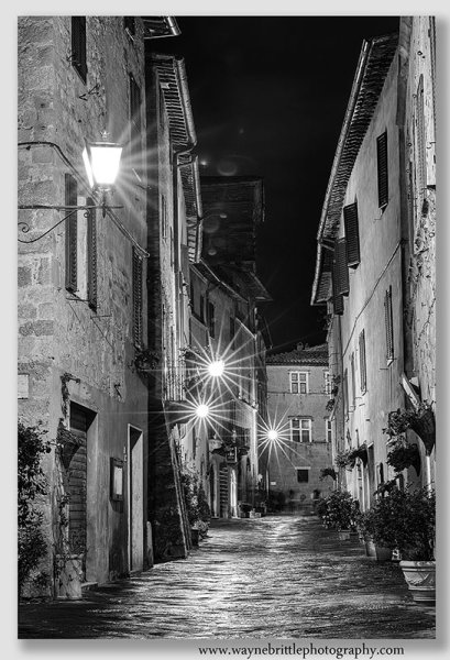 Pienza at night - B&W - W5DSR1139