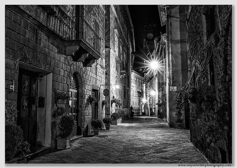 Pienza at Night - B&W - W5D38196