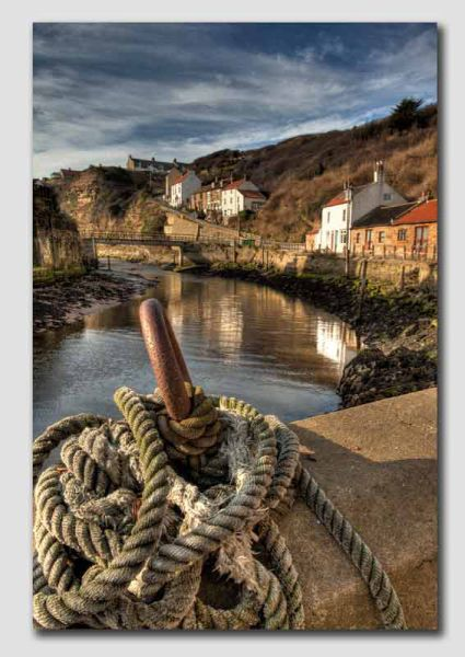 Staithes Harbour View - HDR - YS4277