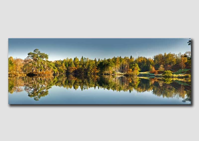 Tarn Howes Autumn Panorama - LW043