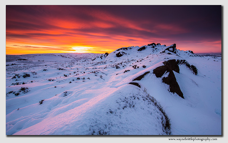 Winter Fire in the Sky - The Roaches - FX8A9107