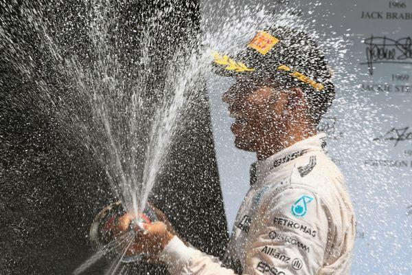 Lewis Hamilton, Champagne Supernova