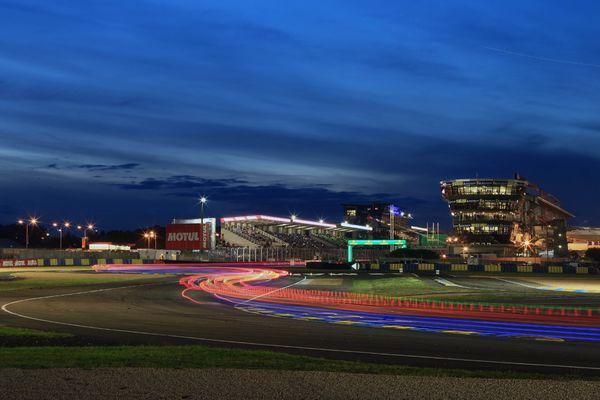 Nightfall at Le Mans 24