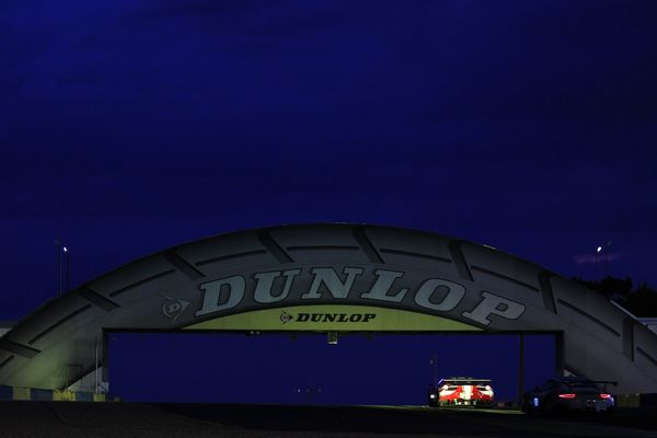 Nighfall at Le Mans 24