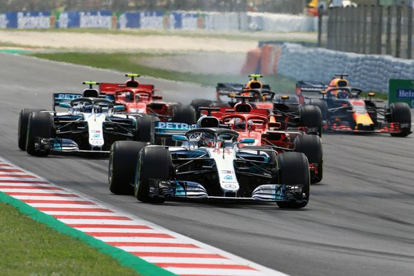 Lewis Hamilton re starts the Spanish GP