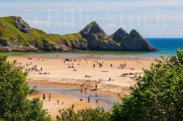 084 THREE CLIFFS BAY