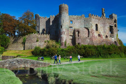 107 LAUGHARNE CASTLE