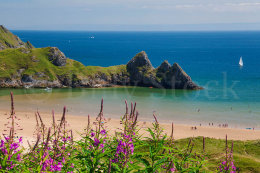 195 THREE CLIFFS BAY