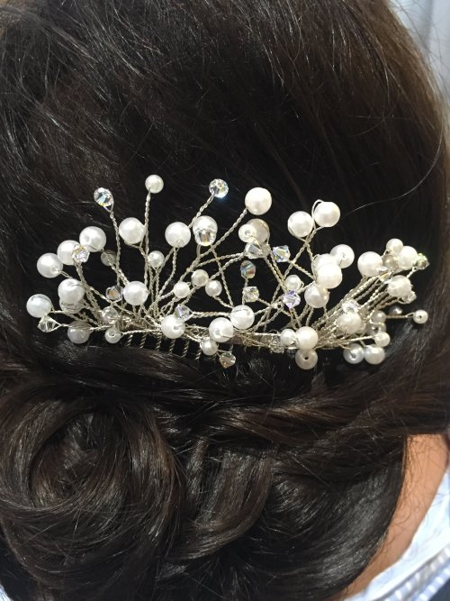 Swarovski & pearl bridal comb
