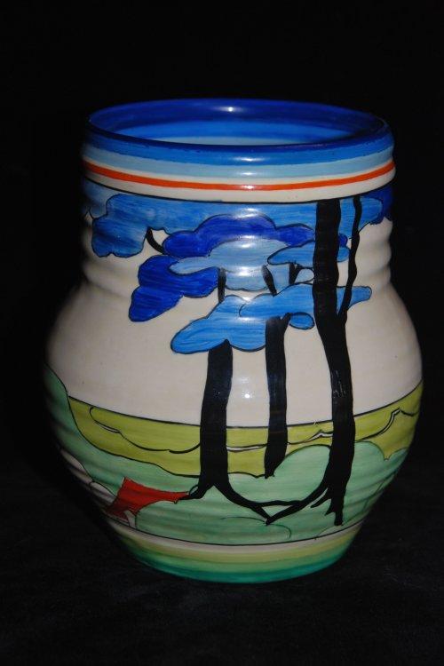 565 Vase (Medium)