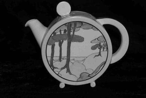 Bonjour Tea Pot
