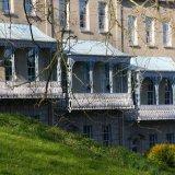 3 Balconies