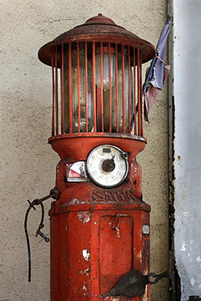 Pump at Cabrerets