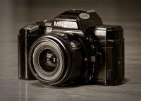 Minolta Maxxum    7000 SLR (1985)