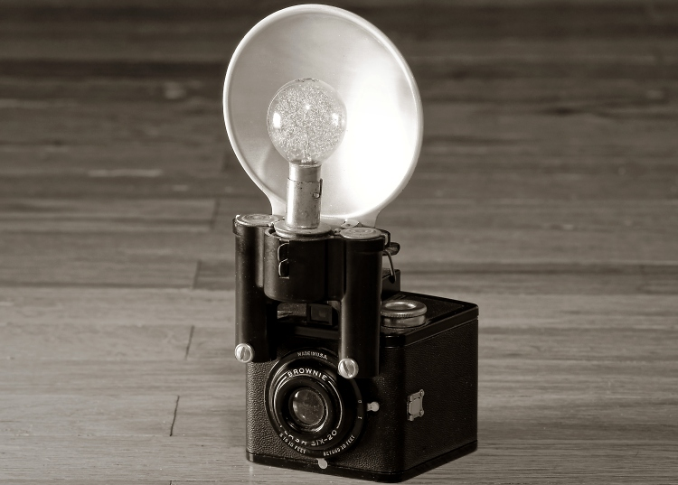 Kodak Brownie Flash Six-20 (1946)