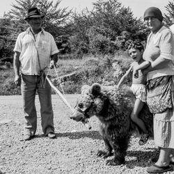 Gipsies with Bear, former Jugoslavia 1988