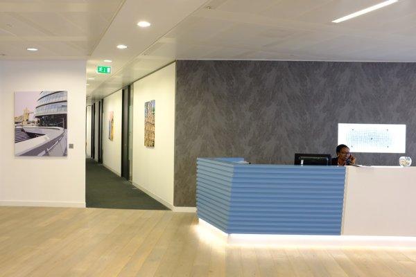 Regus London News Building