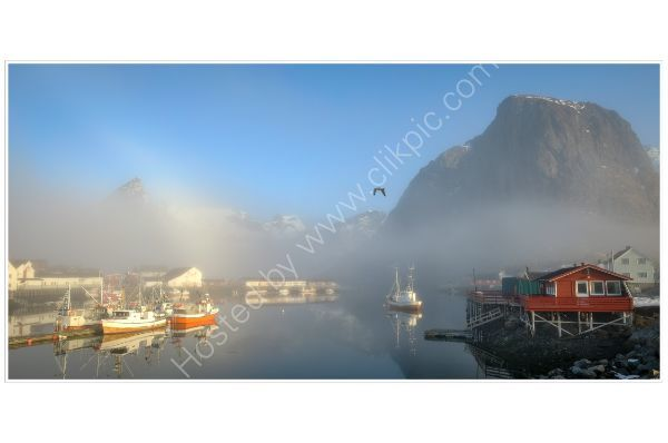 Misty Dawn, Lofoten
