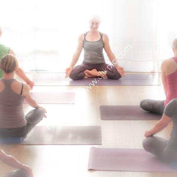 Yoga On Tay