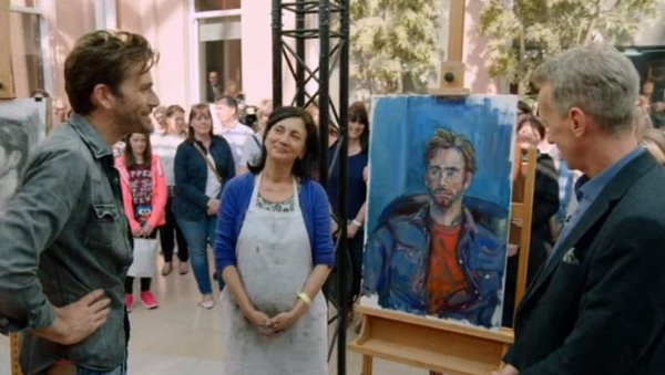 David Tennant viewing his portrait along with Frank Skinner
