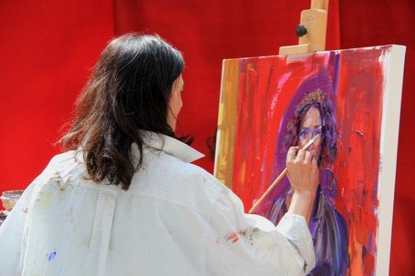 Painting Indira Varma (2)